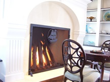impressive gas logs & fireplace screen