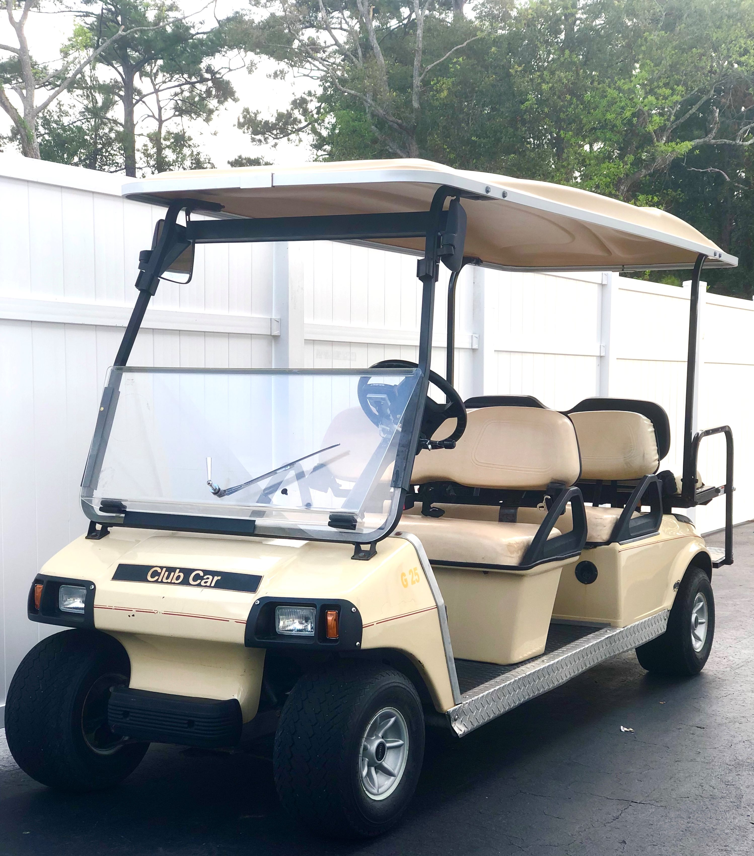2 LEFT! USED CLUB CAR DS 6 Passenger