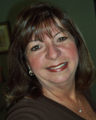 Portrait of Pam Lively from CENTURY 21 Sunset Realty
