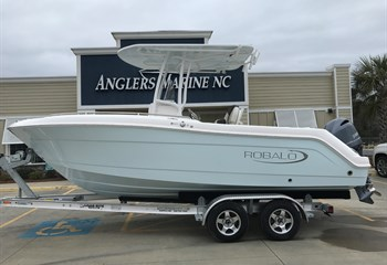 2021 Robalo R222 Explorer Ice Blue (ON ORDER) Boat