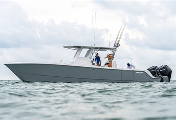 2020 Invincible 35' catamaran liquid-unknown-field [type] Boat