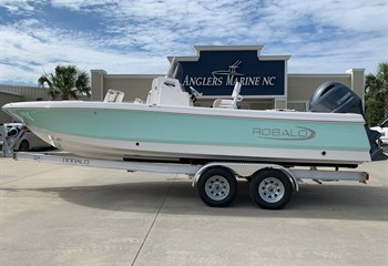 2021 Robalo 226 Cayman Seafoam (ON ORDER) Boat