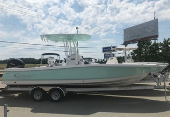 2021 Robalo 246 Cayman Seafoam/White (ON ORDER) Boat