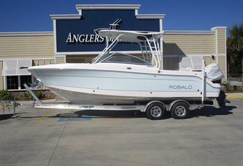 2020 Robalo R247 Ice Blue (ON ORDER) Boat