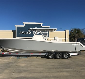 2019 Invincible 36 Whisper Grey liquid-unknown-field [type] Boat
