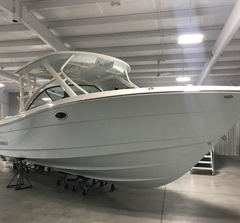 2018 Robalo R317 New Boat